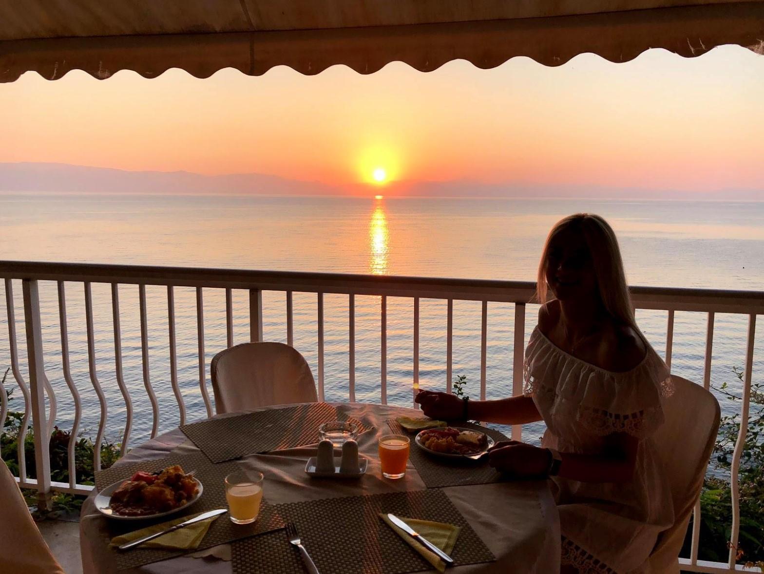 Oasis Hotel Breakfast
