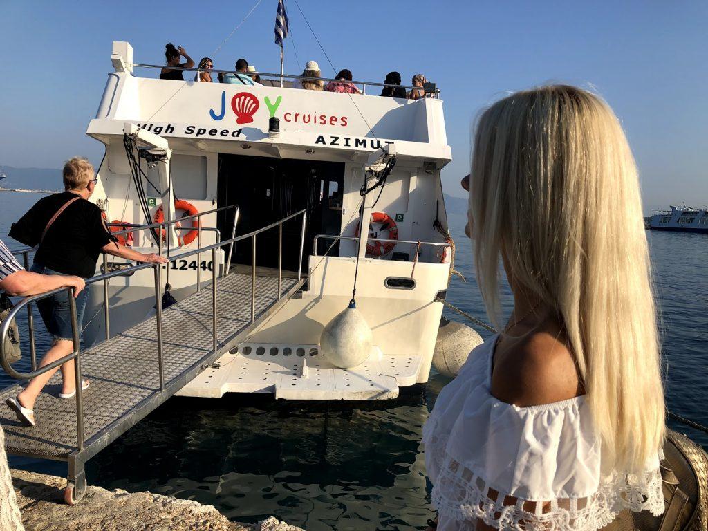 Paxos and Antipaxos cruise