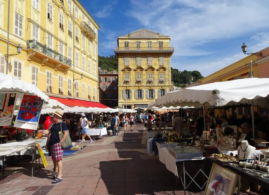Shopping in Nice